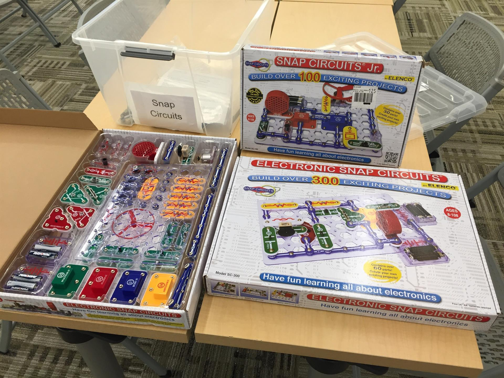 snap circuits graphic